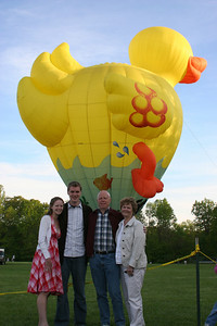 Emily, Rob, Bob, and Maggie - Chagrin Falls, OH ... May 25, 2008 ... Photo by Rob Page Jr.