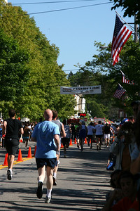 Bob makes his way to the finish line - Chagrin Falls, OH ... May 26, 2008 ... Photo by Joyce Page