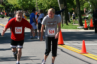 Running ot the finish line - Chagrin Falls, OH ... May 26, 2008 ... Photo by Joyce Page