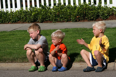 Some of the spectators for the race - Chagrin Falls, OH ... May 26, 2008 ... Photo by Joyce Page