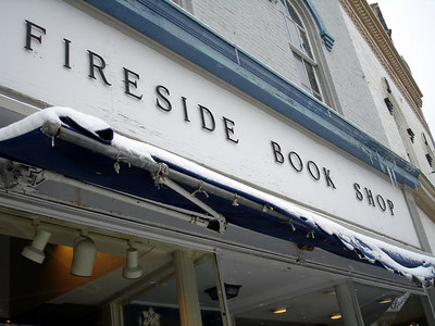 Fireside Book Shop - Chagrin Falls, OH ... November 24, 2005 ... Photo by Rob Page III