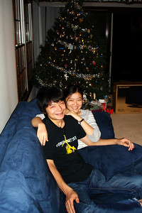 Masashi and Emma hanging out on the couch - Chagrin Falls, OH ... December 22, 2007