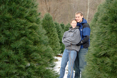 Rob and Emily enjoying the evening - Novelty, OH ... December 22, 2007