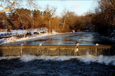 The upper falls - Chagrin Falls, OH ... December 21, 2008 ... Photo by Bob Page Jr.