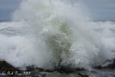 Thors Well erupts - Cape Perpetua, Yachats, Oregon ... June 18, 2012 ... Photo by Rob Page III