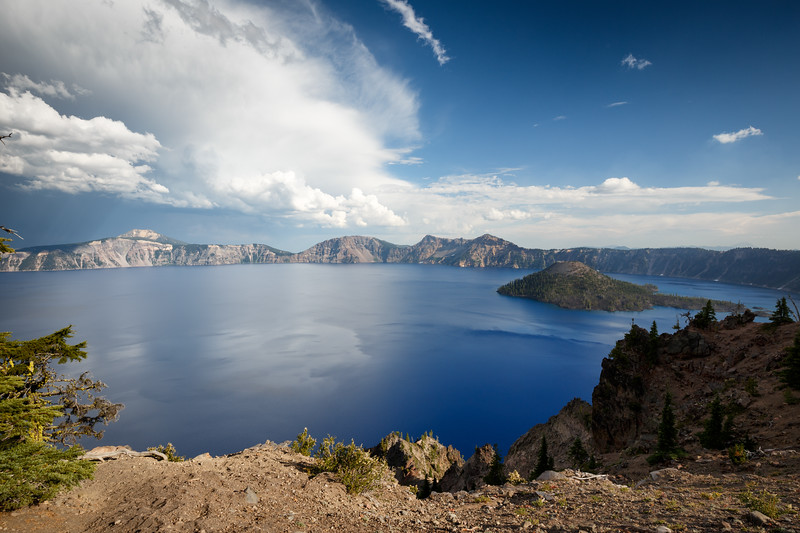 Southern, Crater Lake - Thunderstorm and clear weather over Crater Lake