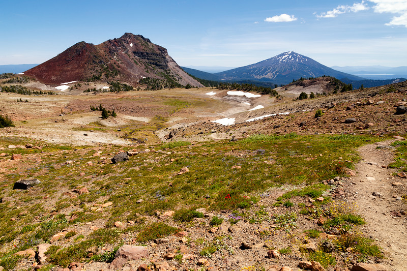 Central, Broken Top - Faint trail leading towards Ball Butte and Mt. Bachelor