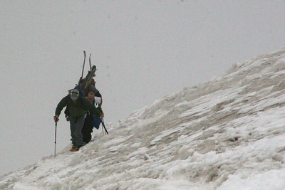 Other hikers who plan to ski down - Mt. Hood, OR ... June 28, 2007 ... Photo by Rob Page Jr.