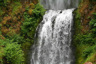 Multnomah Falls, OR ... June 29, 2007 ... Photo by Nicole Page