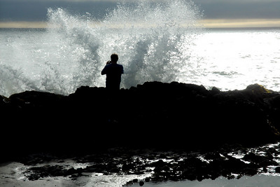Dad is about to get soaked by a wave - Oregon ... July 2, 2007 ... Photo by Heather Page