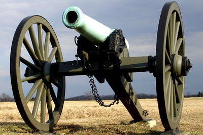 A Gettysburg Cannon - Gettysburg, PA ... January 21, 2006 ... Photo by Rob Page III