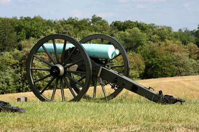A cannon on top of Barlow Knoll - Gettysburg, PA ... August 16, 2008 ... Photo by Rob Page III