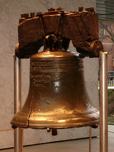 The Liberty Bell - Philadelphia, PA ... December 29, 2005 ... Photo by Rob Page III