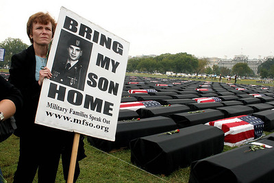 Military Families Speak Out, DC Oct 2004 (Panetta)