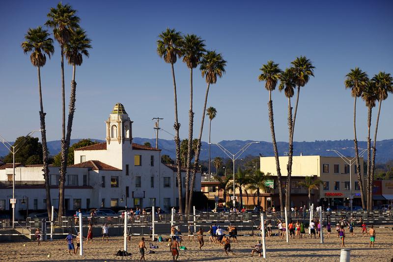 Beach volleyball at Santa Cruz beach