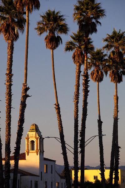 Sunset at Santa Cruz beach