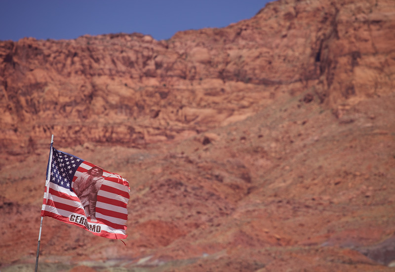 Geronimo flag, Vermillion Cliffs
