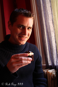 Enjoying a cupcake - Alexandria, VA ... November 5, 2011 ... Photo by Emily Page