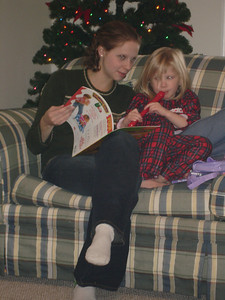 Emily and Laura - Richmond, VA ... December 25, 2005 ... Photo by Rob Page III