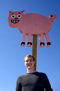 Rob and his piggy friend - Centreville, VA ... October 15, 2006 ... Photo by Emily Conger