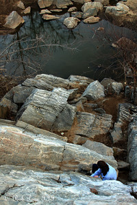 Emily makes her way up the trail - Great Falls, MD ... January 8, 2012 ... Photo by Rob Page III