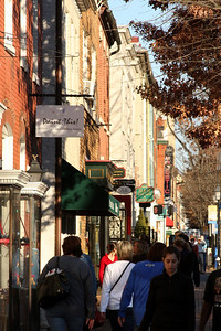 Out for a Sunday stroll in Old Town - Alexandria, VA ... February 8, 2009 ... Photo by Rob Page III