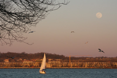 Sailing on the Potomac in the evening - Alexandria, VA ... February 9, 2009 ... Photo by Rob Page III