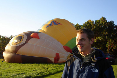 Rob and some hot air ballons - Millwood, VA ... October 21, 2006 ... Photo by Emily Conger