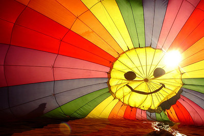 The inside of the hot air balloon is all smiles - Millwood, VA ... October 21, 2006 ... Photo by Rob Page III