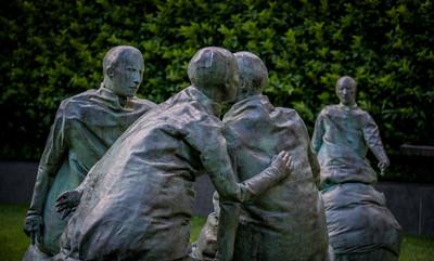 Last Conversation Piece - Juan Munoz, Hirshhorn Sculpture Garden, Washington, DC