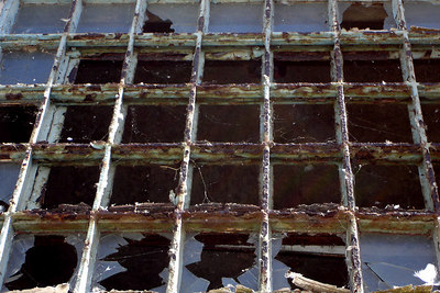 Broken out windows on Alcatraz - San Francisco, CA ... July 31, 2006 ... Photo by Rob Page III