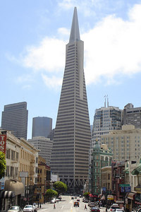 The TransAmerica Building - San Francisco, CA ... July 26, 2006 ... Photo by Rob Page III