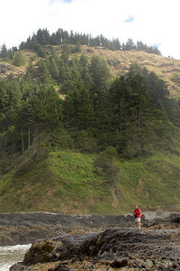The spectacular Oregon Coast - Yachats, OR ... July 29, 2006 ... Photo by Rob Page III