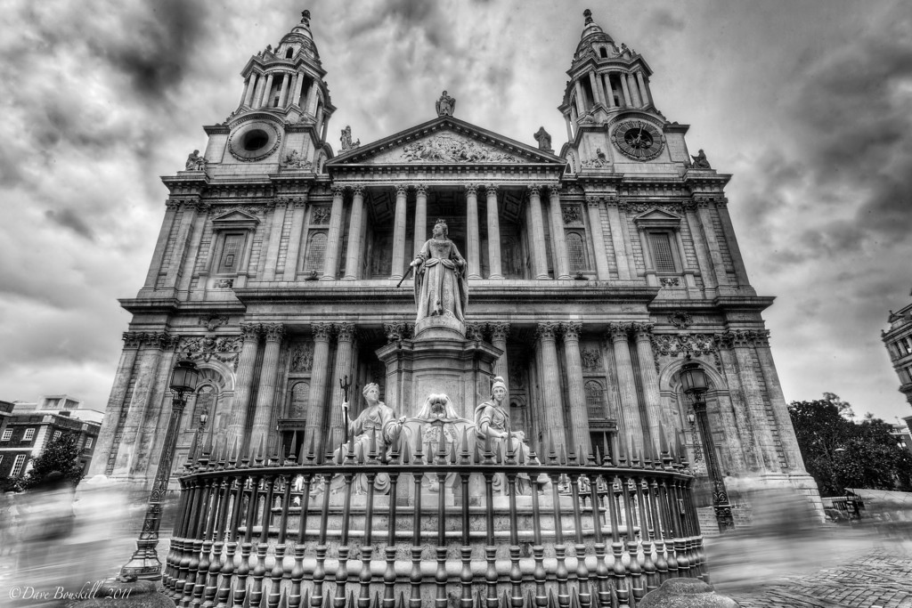 St_Pauls_Cathedral_London_England