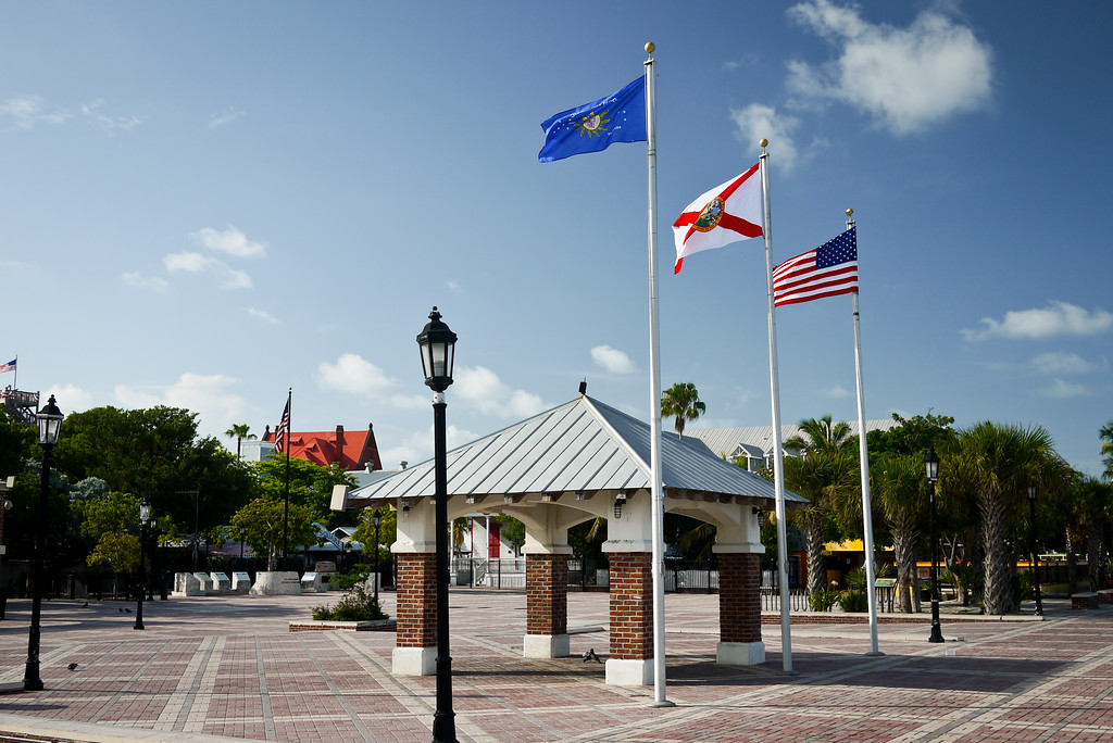 Conch Republic, Florida, and US Flags