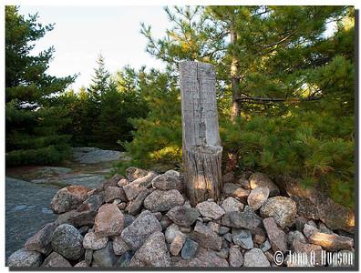2952_J9252418-Maine : Day Mountain summit marker, Acadia NP, Mount Desert Island