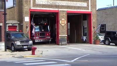 Chicago Engine 110 & Truck 12 responding