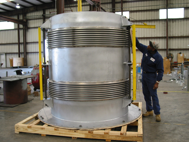 Tied Universal Expansion Joint (11/12/2004)