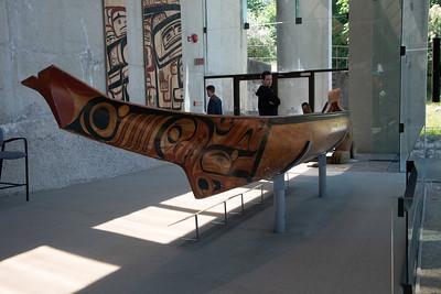 Tluu(Canoe) - Bill Reid with Guujaaw, Simon Dick and others. Red cedar, paint - 1985