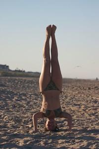 Nadia headstand vertical