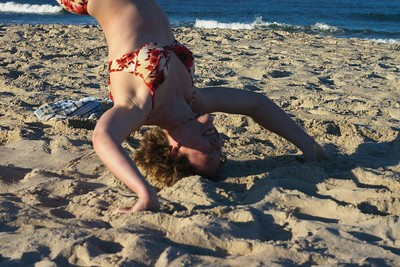 Kristin headstand falling