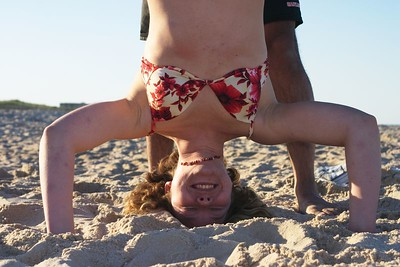 Kristin headstand