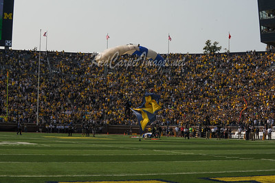 ANN ARBOR, MI - SEPTEMBER 16:  College Football game between University of Michigan Wolverines and Air Force Falcons at Michigan Stadium on September 16, 2017 in Ann Arbor, MI (Photo by: Aaron J. / Digital Depictions)