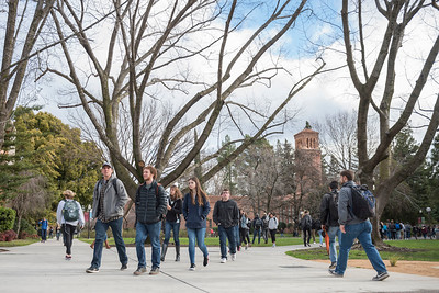 The students returned to classes on the first day of the Spring semester on Monday, January 23, 2017 in Chico, Calif. (Jason Halley/University Photographer)