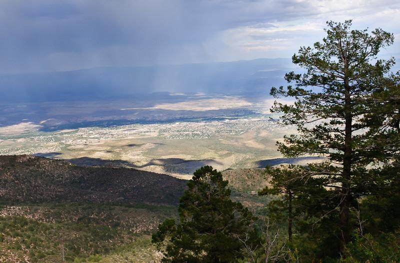 Arizona rainstorm moves across the Verde Valley