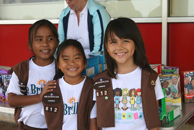 We bought some girl scout cookies from these girl scouts in Kauai.  They graciously allowed me to take their photograph too!