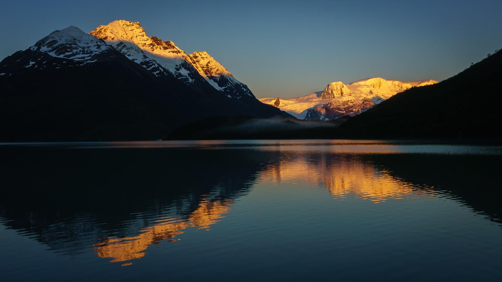 Sonnenaufgang am Dickson-See. Einfach irre!