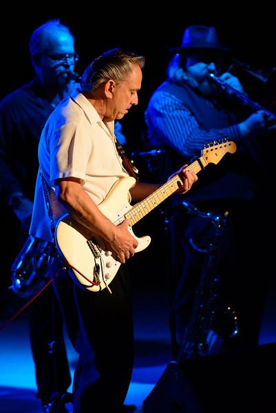 Jimmie Vaughan at the Hyatt, Bluesy Background