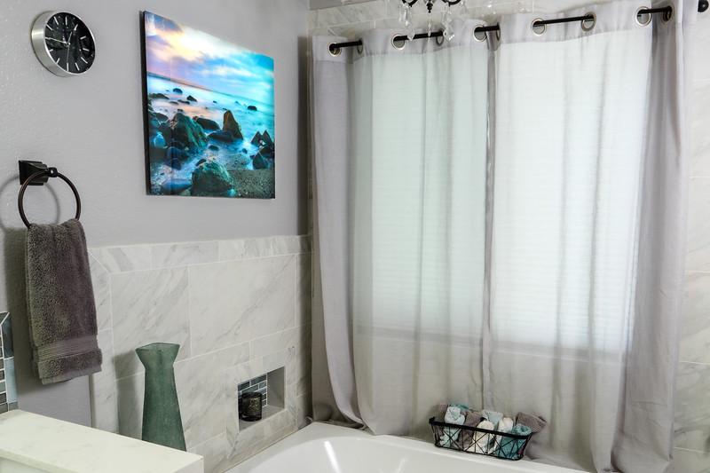 Bathroom Glass Print_Mom&Dad