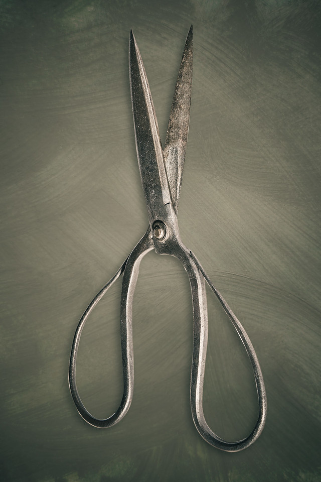 Graceful Scissors